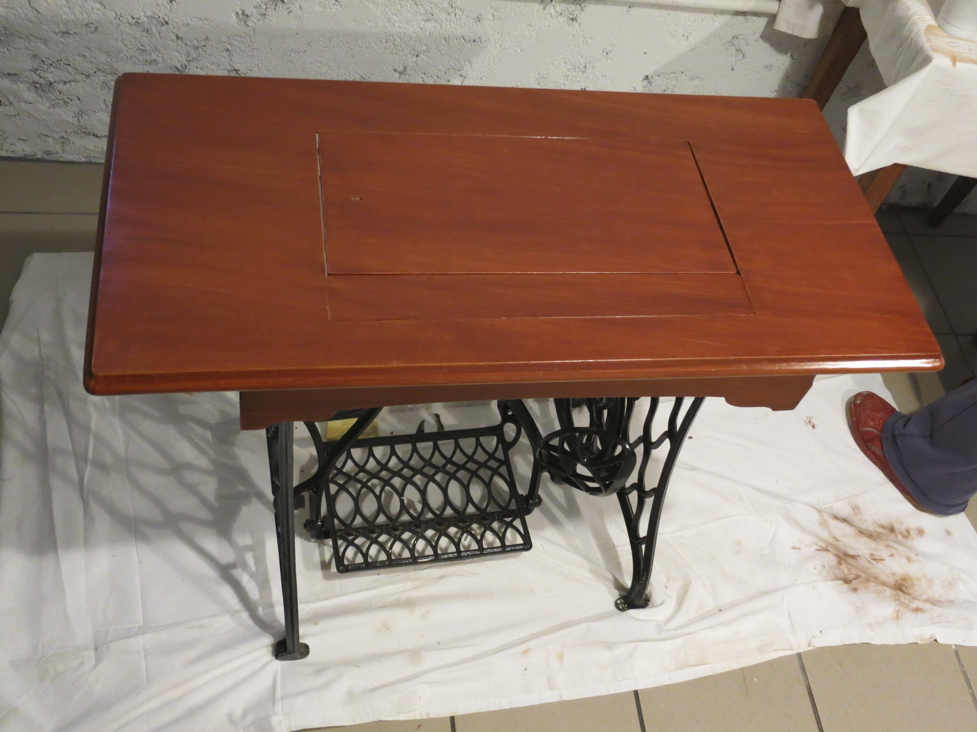 Faux mahogany stage 1