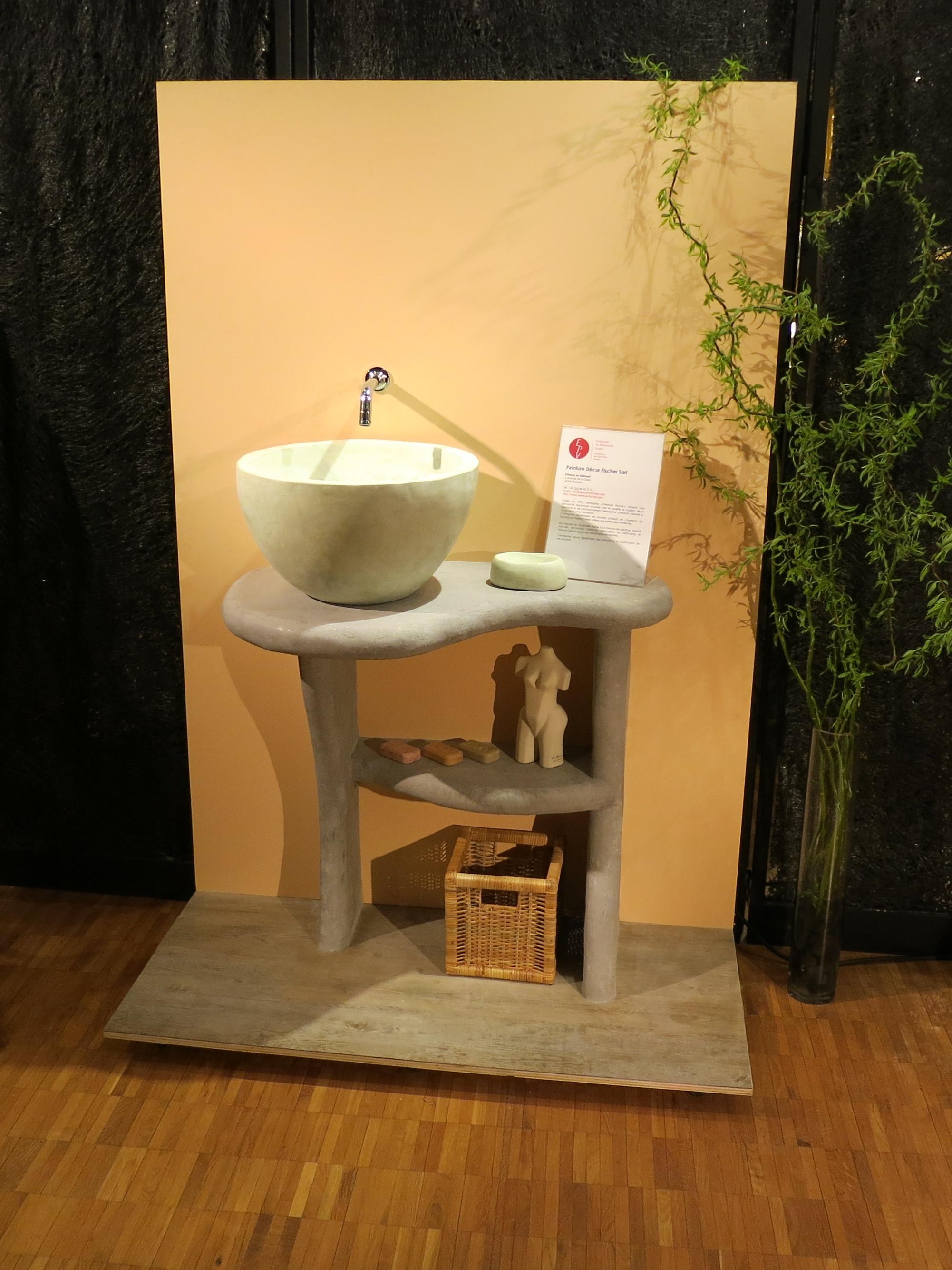 finished tadelakt wash basin, soap dish and stand