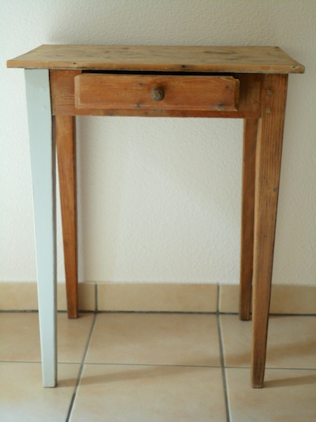 vintage_shabby_chic_french_table_ioanastoian.com_1