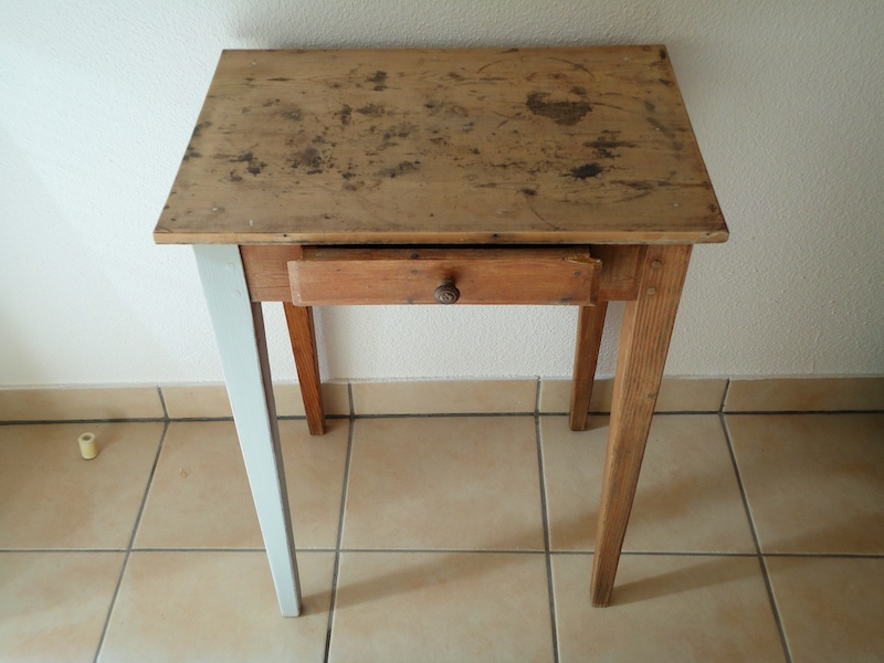 vintage_shabby_chic_french_table_ioanastoian.com_2